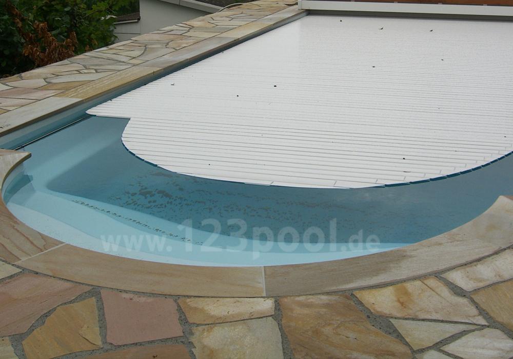 gfk pool romaine mit technik paket und unterflur rollladen 920 x 370 x 160 cm gfk pools ga. Black Bedroom Furniture Sets. Home Design Ideas