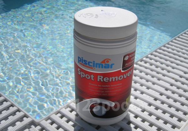 Spot Remover - Entfernung metallischer Flecken in GFK-Pools