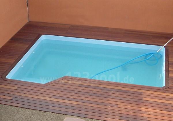 GFK-Pool VENUS mit Technik- und Ausstattungs-Paket 425 x 300/250 x 130 cm