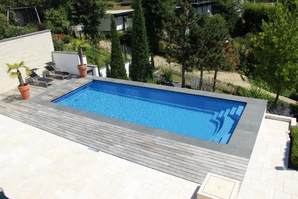 NAUTILUS-Pool ERATO 1000 x 380 x 150 cm mit BAC Unterflurrolladen